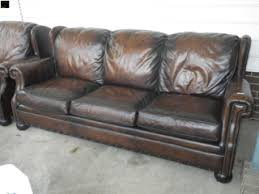 Havertys Leather Sofa by Rasmus Auctioneers