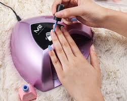 put a little umbrella in your drink how to get gel nails at home