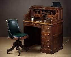 small roll top desk small early 20th c oak roll top desk c 1920 antiques atlas