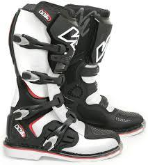 buy motorcycle boots w2 adria sr sale motorcycle boots black white w2 boots melbourne