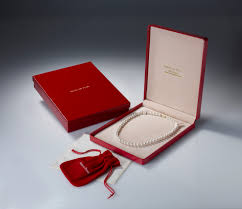 necklace gift boxes images Free gift box with every pearl order jpg
