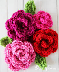 crochet flower headband 40 crochet flower patterns and what to do with them mollie makes
