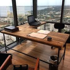 Diy Rustic Desk Distressed Wood Office Desk Best 25 Wood Office Desk Ideas On