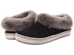 ugg slippers sale size 6 ugg slippers shipped free at zappos