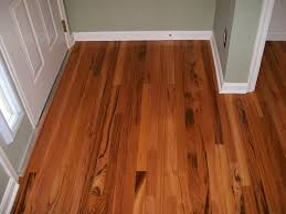 White Washed Laminate Wood Flooring - wooden floor or laminate