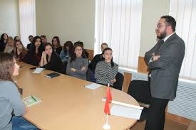 naufal khamdani gave lecture on history of the maghreb for