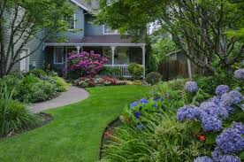 Landscaping Pictures For Front Yard - front yard landscaping ideas bob vila