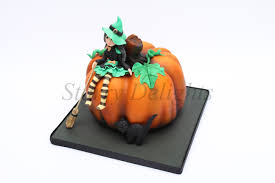 pumpkin cakes halloween the pumpkin and the little witch starry delights
