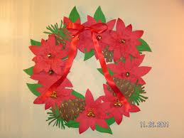 christmas poinsettia wreath made from paper southern cricut lady