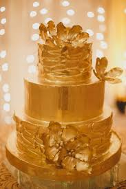 gorgeous budget wedding cakes how to save money on ordering