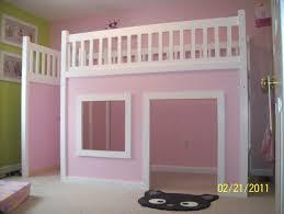 cabane fille chambre lit cabane pour fille inspirations et chambre cabane fille des