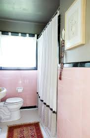 Vintage Bathroom Tile by 19 Best Bathroom 1 What To Do W Pink Tile Images On Pinterest