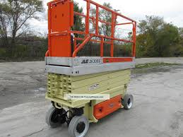 scissor man lift 10 used man lifts for sale in michigan image jlg