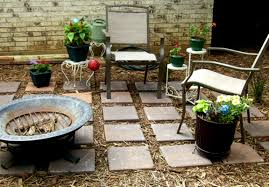 Affordable Backyard Landscaping Ideas by Small Backyard Landscaping Ideas On A Budget Diy How To Make Low