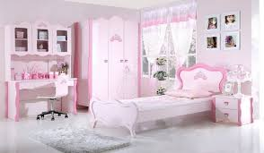 chambre fille disney chambre fille princesse idee moderne blanc cher couleur coucher