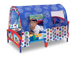 Mickey Mouse Table And Chairs by Delta Children Disney Mickey Mouse Toddler Tent Bed U0026 Reviews