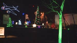Zoo Lights Az by Fantasy Of Lights Returns For 2016 Holiday Season Wane
