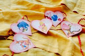 winnie pooh friends valentine garland disney family