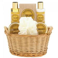 spa gift sets aromanice ecobalance honey almond spa gift set aewholesale