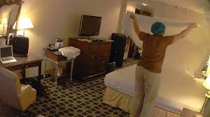 How Do You Wash A Duvet Hotel Maids How Much And How Little Do They Really Clean