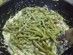 cuisine haricot vert haricots verts à la crème ail et fines herbes recette de