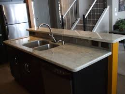 White Granite Kitchen Countertops by Best 25 Cleaning Granite Countertops Ideas On Pinterest Clean