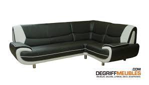 canap d angle semi cuir amanda canapé d angle similicuir noir blanc 3a1 degriffmeubles