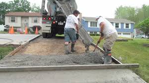 how to build a concrete block house how to pour a concrete driveway youtube