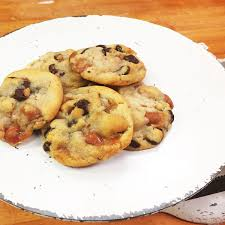 buy salted caramel chocolate chunk chip cookies