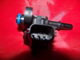 ford focus 2002 fuel ford focus fuel pressure regulator xs2f 9f972 dd xs2f 9f972 ga