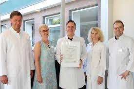 Paracelsus Klinik Bad Gandersheim Paracelsus Kliniken Erfolgreiche Zertifizierung Der Stroke Unit