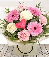 gerbera bouquet heart and soul white pink gerbera bouquet send flowers