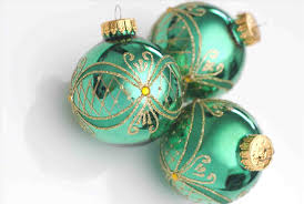 green ornaments images cheminee website