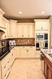 fabuwood cabinetry merlot glaze elite door style pillowed