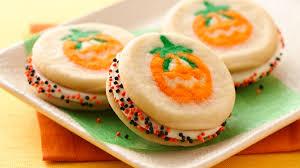 quick easy halloween cookie recipes and ideas pillsbury com