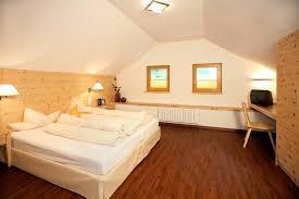 M El Martin Schlafzimmer Angebote Unterkunfstliste Mit Hotels Appartements Frühstückspensionen In