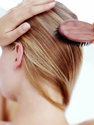 best haircut for alopecia suffering from hair loss 4 styling tricks to know allure