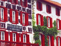 chambre d hote espelette pays basque les curiosités du d espelette pays basque les pavés