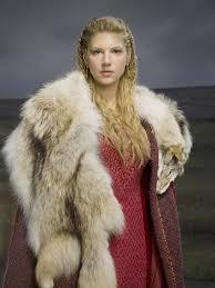 lagertha lothbrok clothes to make katheryn winnick vikings season 2 google search inspiration for