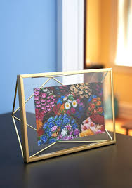 modcloth home decor memorable dimension frame just as memories float in your mind so