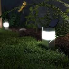 solar lights not working the ultimate guide the solar centre blog