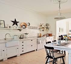 parquet cuisine ouverte parquet dans une cuisine cheap dcor cuisine ikea tarif portail