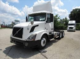 2014 volvo semi volvo daycabs for sale