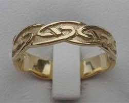 scottish wedding rings traditional scottish womens wedding ring love2have in the uk