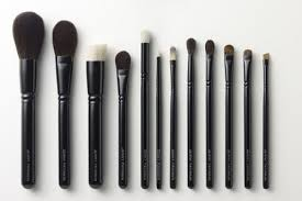 tools for makeup artists in the hot seat with makeup artist patinkin beauty news nyc