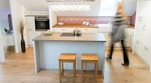Einbauk He Emejing Küche Mit Dachschräge Planen Gallery House Design Ideas