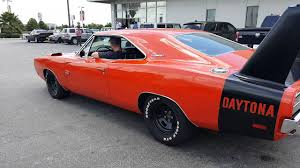 Dodge Challenger Daytona - 1969 dodge charger daytona burnout youtube