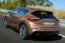 on the road review infiniti infiniti q30 review 2015 first drive motoring research