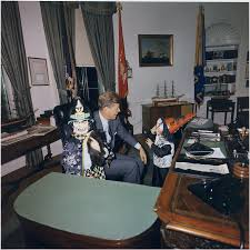 John F Kennedy Jr File Halloween Visitors To The Oval Office Caroline Kennedy