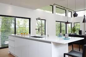 armoire de cuisine thermoplastique ou polyester armoires de cuisine deux tons en thermoplastique blanc lustré et